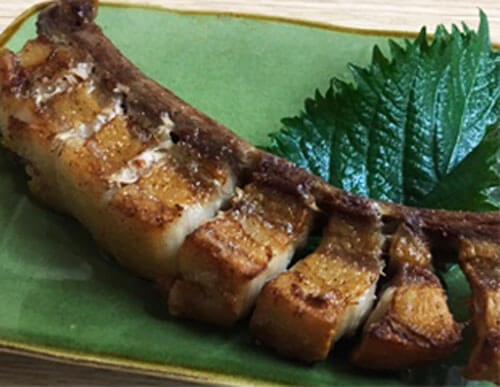 いのしし肉のスペアリブ